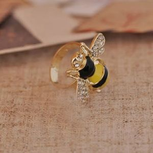 Jewelry - GORGEOUS BEE RING ADJUSTABLE NEW